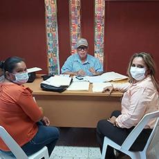 Personal de la Delegación Regional de El Mante acudió a la Subdelegación Mante de Bienestar, en compañía de una ciudadana